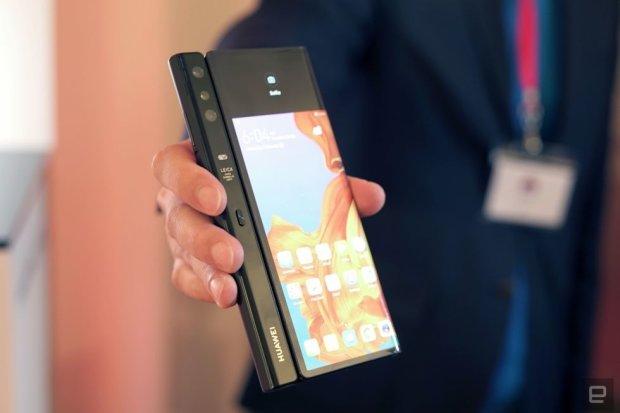 Huawei випустить гнучкий смартфон: крутіше всіх конкурентів
