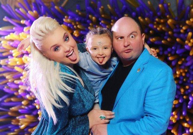 Семья Ткач / фото: instagram.com/viktoriya_tka4/