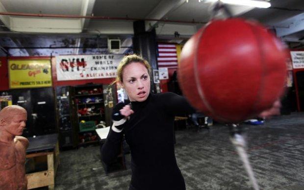 Зірка жіночого боксу переходить в MMA
