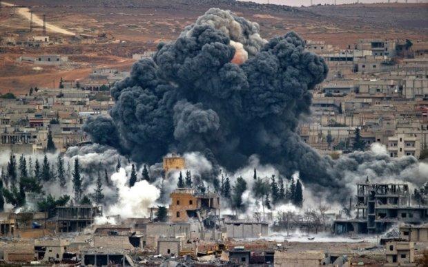 Авіаудар по сирійській школі забрав десятки життів