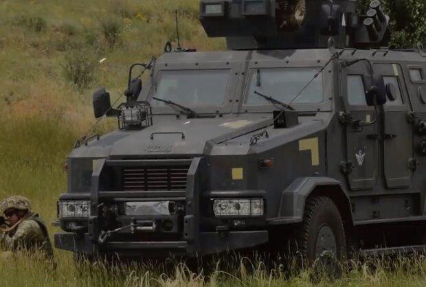 Военные на Донбассе, Скрин, видео