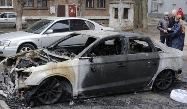"""Жительнице Днепра сожгли дорогую иномарку """"к празднику"""""""