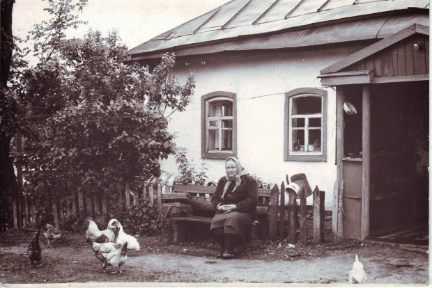 Место, где занимались повседневными хлопотами, любовью, рождались и умирали: интересные факты об украинской хате
