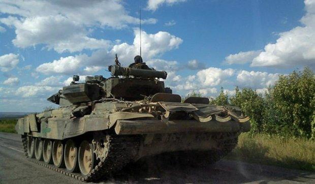 Российские наемники испытали новейшие танки на Донбассе (фото)