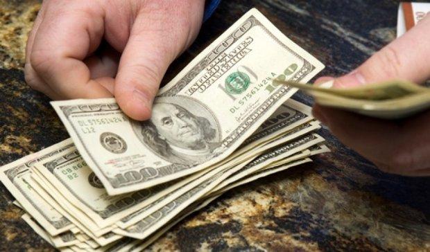 Працівниця військкомату за гроші допомагала ухилитися від призову