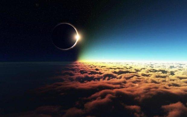 Героем прямого эфира впервые станет солнечное затмение