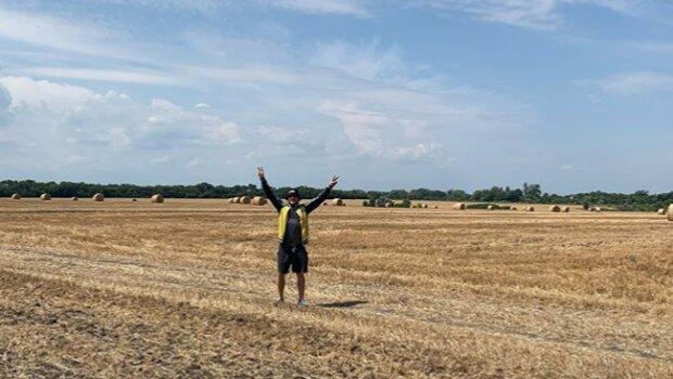Беринчик в поле, фото Instagram