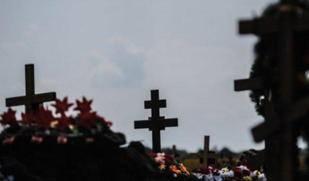 На Волыни вандал надругался над могилой героя Небесной сотни