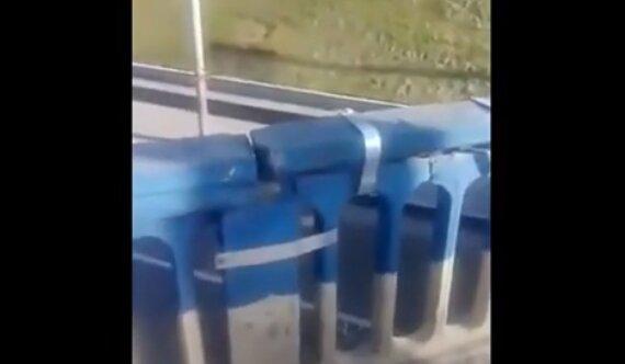 """""""Иб*чие болты с гайками"""" – Кличко в лицо ткнули столичным """"миллионным"""" мостом, который рассыпается на глазах"""