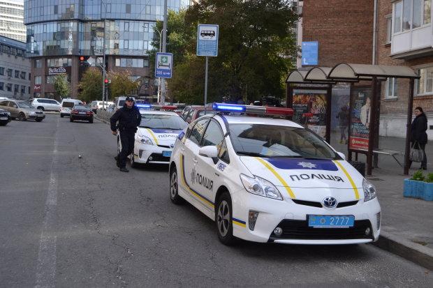 Девушка довела: под Киевом неадекват открыл огонь по популярному магазину
