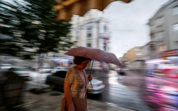 Беспощадная стихия забрала Ровно под воду: фото