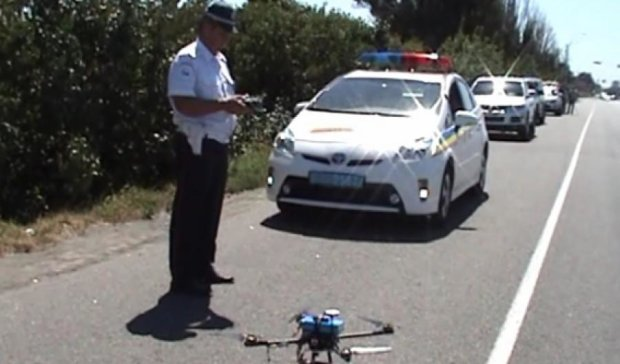 Фіксувати порушення на дорогах Дніпропетровщини буде безпілотник