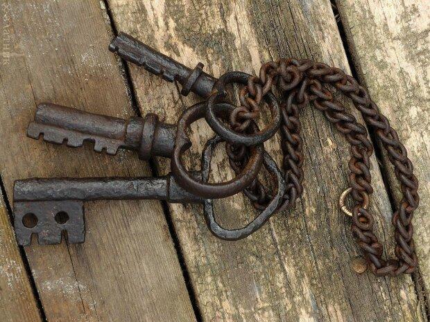 прикмети про ключі