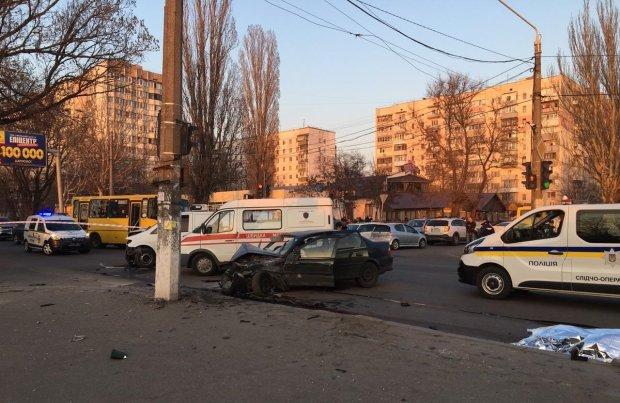 Смертельное ДТП с нацгвардейцами в Одессе: первые секунды после трагедии показали на видео