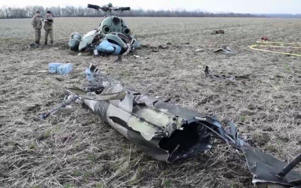 Опубликованы свежие кадры с места крушения Ми-2 под Краматорском