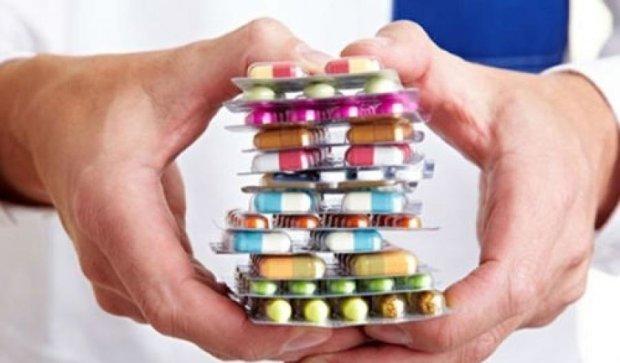 Завдяки рекламі українцям продають сумнівні ліки