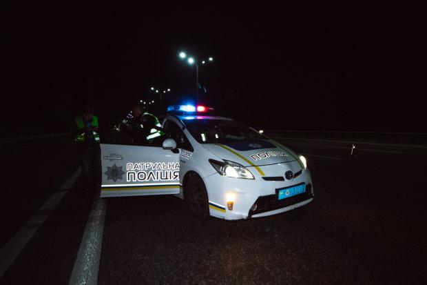 Авто відомої волонтерки розбилося у ДТП: водій втік, залишивши пасажирів під уламками