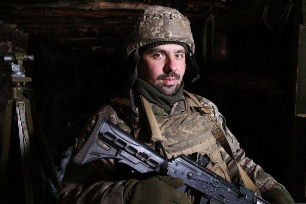 """Сержант """"Змій"""" мріяв подорожувати світом, але пішов на війну"""