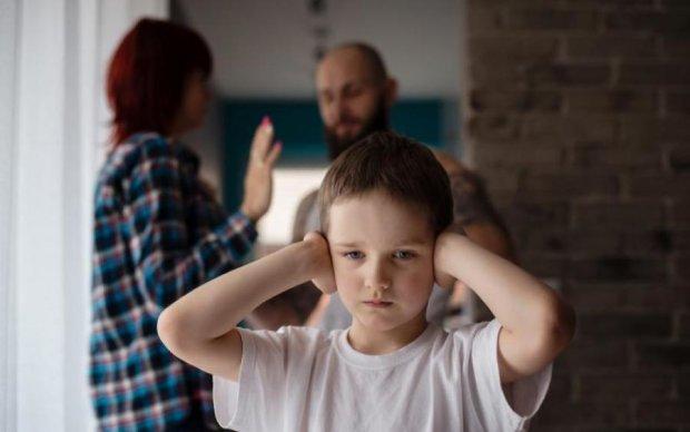Українців стануть штрафувати за неправильне спілкування з дітьми: кому це загрожує