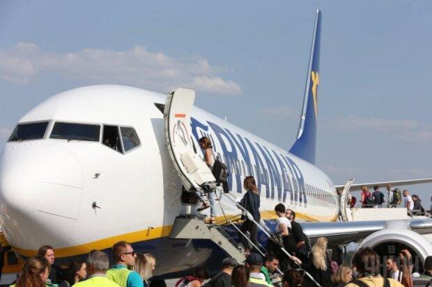 Львів'яни, терміново пакуйте валізи: Ryanair влаштував розпродаж квитків за смішними цінами