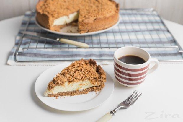 Рецепт ніжного сирного пирога з фініками