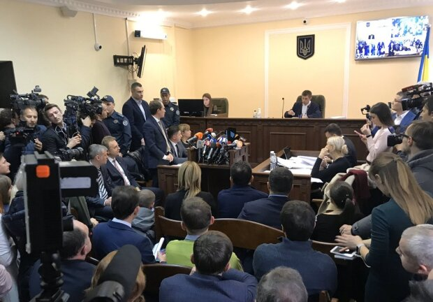 """Віталій Кличко тягне Садового з лави підсудних: """"Я його візьму..."""", подробиці гучної справи"""