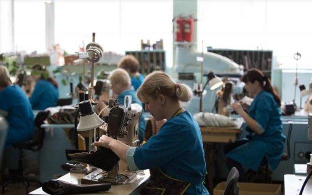Модникам на заметку: одежду известных брендов шили под Одессой
