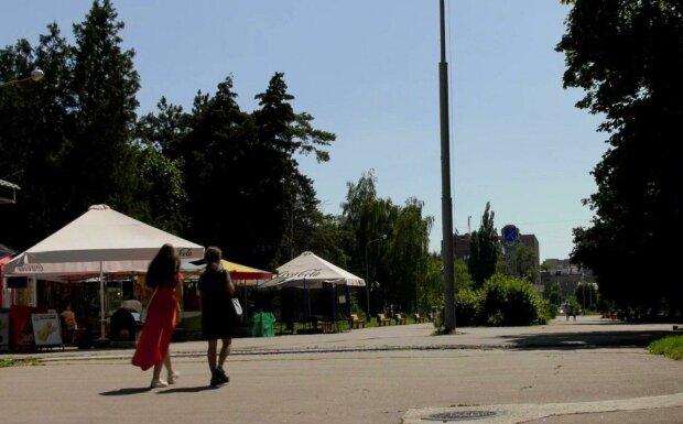 Днепр накроет аномальная жара, до 40 на градуснике - как не сгореть под адским солнцем