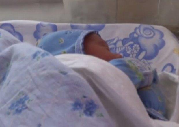 На Луганщині  немовля назвали на честь воїна-рятівника