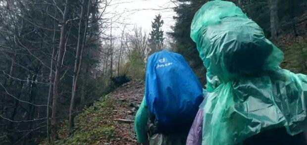 Карпати поглинули чотирьох туристів - жодного сліду