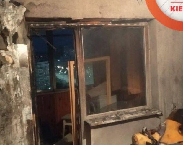 Киевляне спасают двух братиков, пострадавших в страшном пожаре: реанимация
