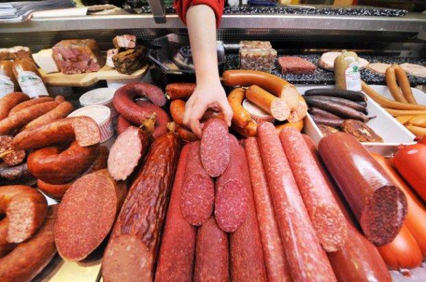 Українцям розповіли, з чого насправді роблять ковбасу: все дуже погано