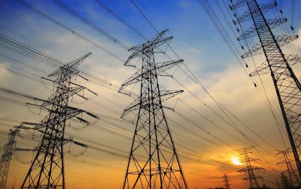 Конкуренція працює: ціна на електроенергію на новому ринку впала майже на 30%