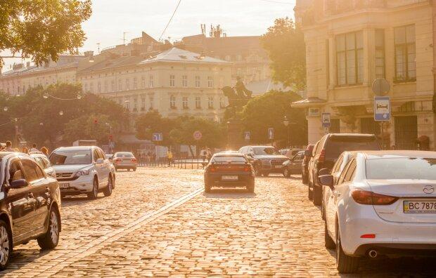 """Украинских водителей заставят притормозить: """"До 1 апреля"""""""
