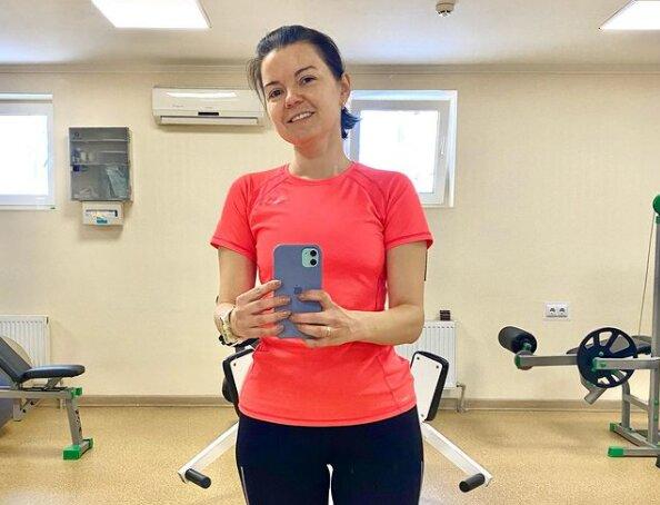 """Марічка Падалко на локдауні всміхнулася українцям зі спортзалу: """"Знаєте, де можна?"""""""