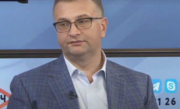 Юрий Атаманюк, скриншот из видео