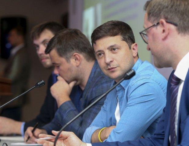 """Отношения Зеленского и Богдана вышли на новый уровень: """"Шаловливые ручки"""", видео"""