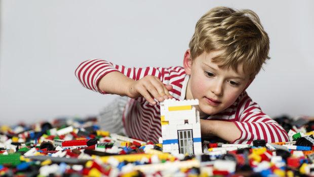 Мечта каждого: Lego подарит взрослым второе детство