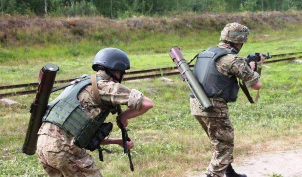 Десантники на Житомирщине учились воевать в городе (фото)