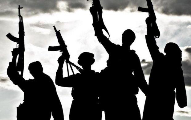 Терористи підірвали стадіон: у мережі показали жахаюче відео