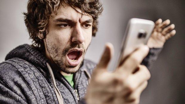 Импотент или извращенец: почему стоит отказаться от гаджетов