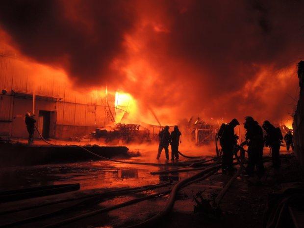 У Росії злетів у повітря черговий завод, жодного дня без трагедії
