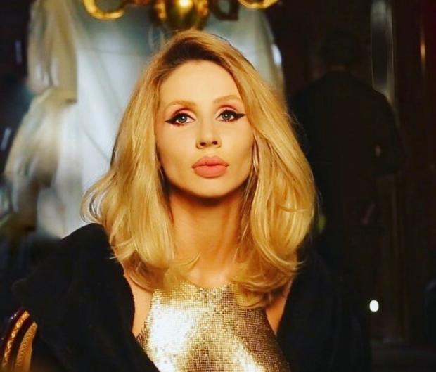 Лобода в Киеве похвасталась ярким макияжем, фанаты в экстазе