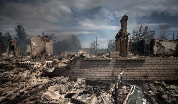Бойовики знову інтенсивно обстрілюють Станицю Луганську