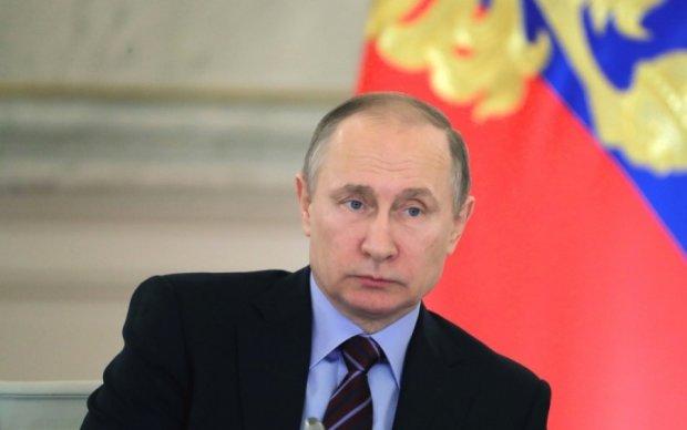 Адвокат Сущенка запропонував Кремлю зробити подарунок Макрону