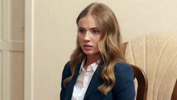 """Красавица из сериала """"Школа"""" рассказала о пережитом в детстве: одноклассники били и издевались"""
