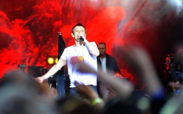 Вакарчук вспомнил жертв и героев на концерте в Луцке