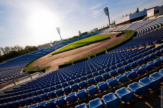 ФИФА примет жесткие меры за игры российских клубов в Крыму