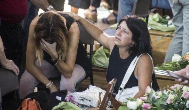 В Італії поховали жертв землетрусу (ФОТО)