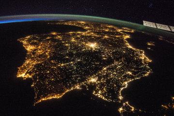 NASA зробило приголомшливі знімки України з космосу: краса перехоплює дух